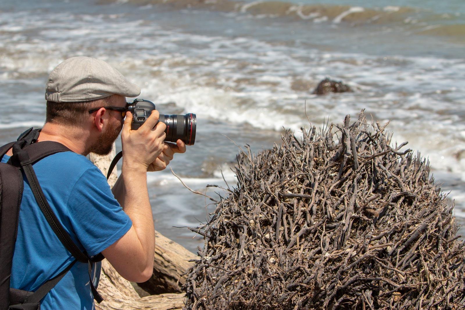 Redmar fotografeert het strand in Costa Rica