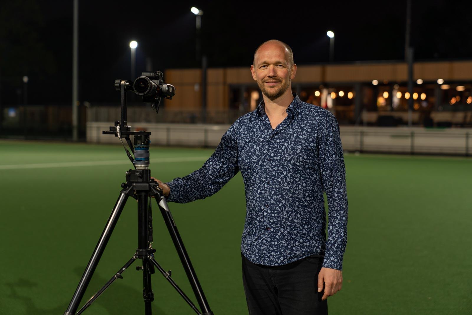 Onze fotograaf Redmar aan het werk met onze panoramacamera