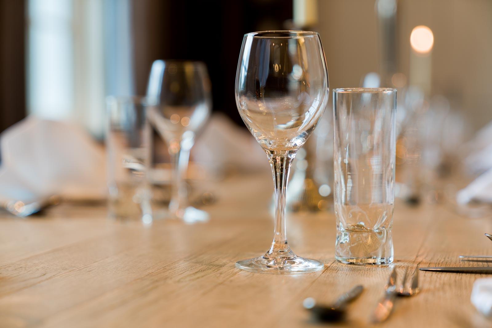 Een mooi gedekte tafel bij Hotel Merlinde